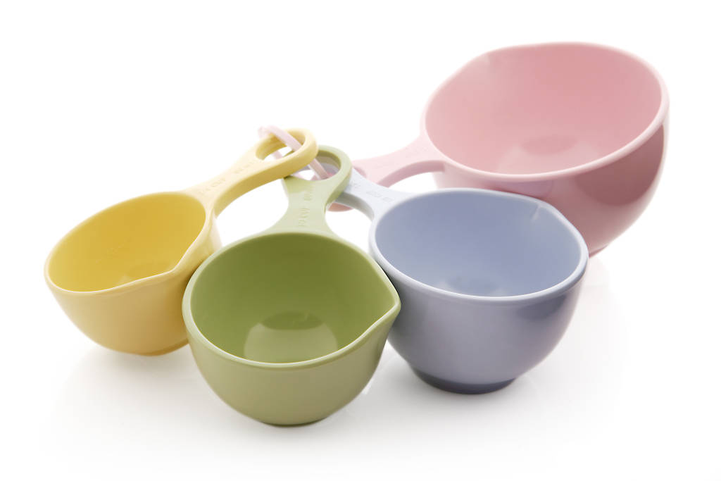 cuisena melamine pastel coloured measuring cup set