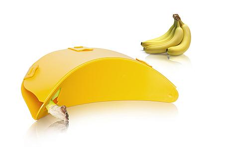 banana box with bananas